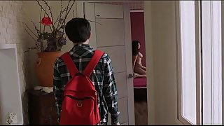 Friends.Mom.2016.DVDRip (hdmovie24.net)