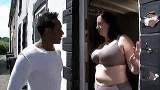 Mature big ass fucked by seized